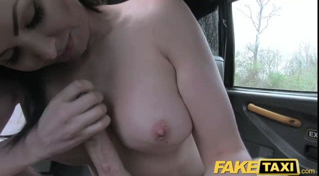 I want to take it out and suck it in my mouth!