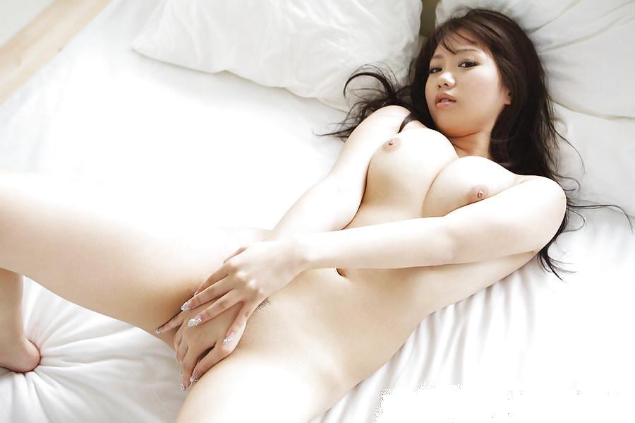 Japanese brunette pornstar Mai Nadasaka nude pictures
