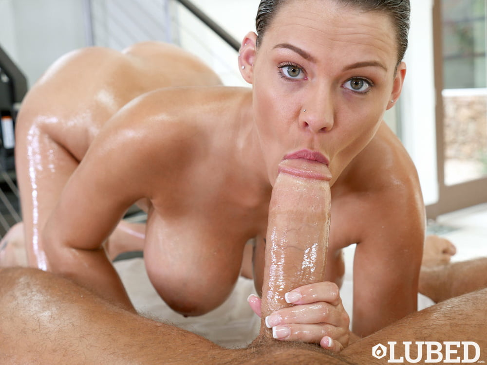 Dream woman Peta Jensen cock licking porn pictures
