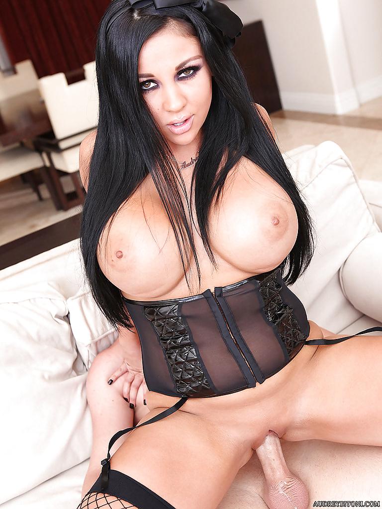 Mixed-sex pictures of pornstar Audrey Bitoni