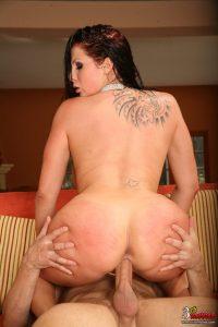Gianna Michaels oily sex fantasy!